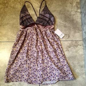 Love, Fire NWT Paisley Lavender Backless Top
